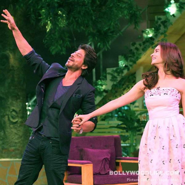 Shah Rukh Khan and Alia Bhatt were seen dancing on The Kapil Sharma Show