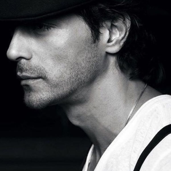 Arjun Rampal is been in the industry for 25 years now, Whoah!