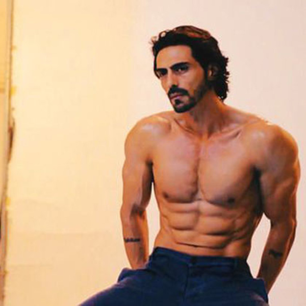 Arjun Rampal just turned 44 today and we couldn't believe