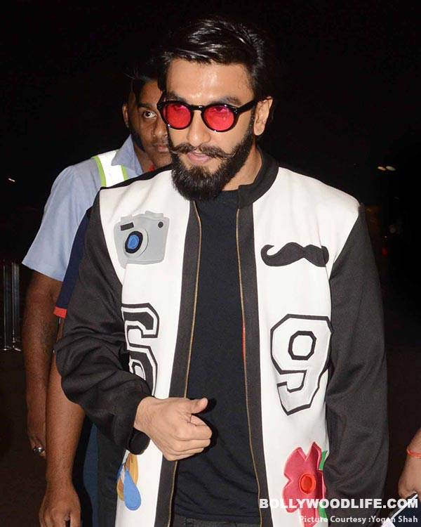 .-deepika-padukone-and-ranveer-singh-spotted-at-airport-(33)