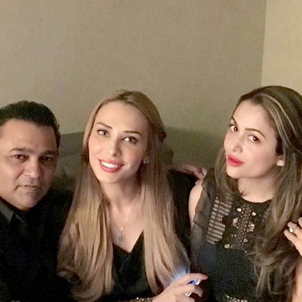 Iulia Vantur and Amrita Arora bond at Salim Khan's birthday bash