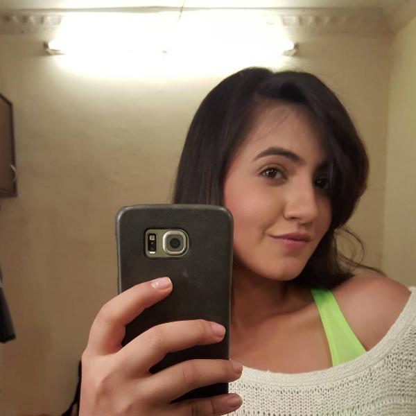 Meera Deostahale's selfie from sets of 'Udaan'