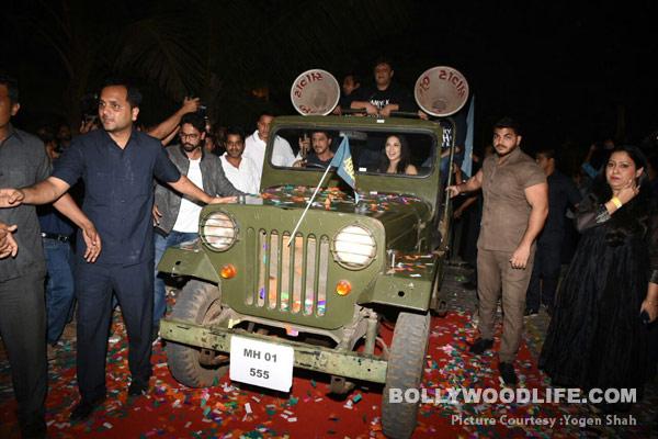 Shahrukh-Khan-Nawazuddin-Siddiqui-Sunny-Leone-(12)