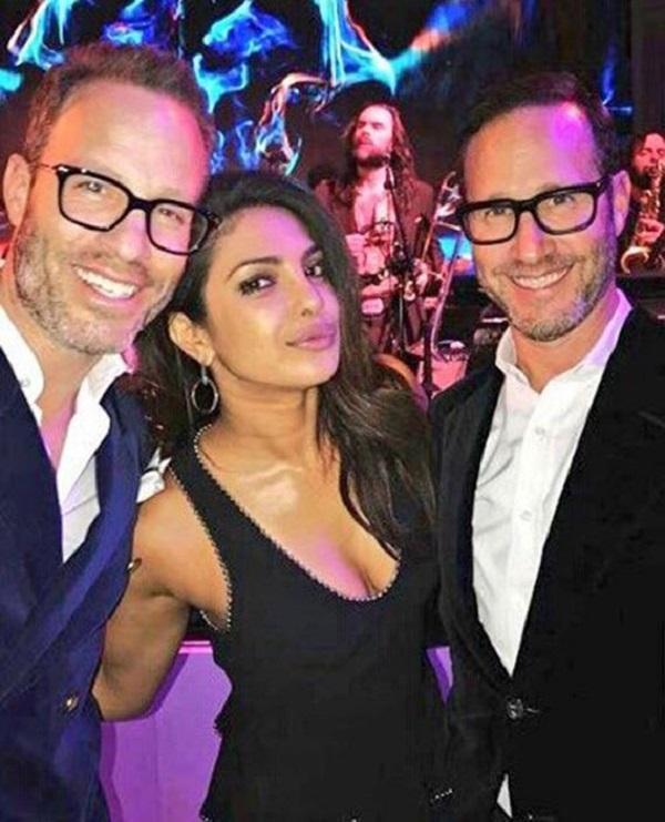 Priyanka Chorpa at pre oscar parties in LA (3)