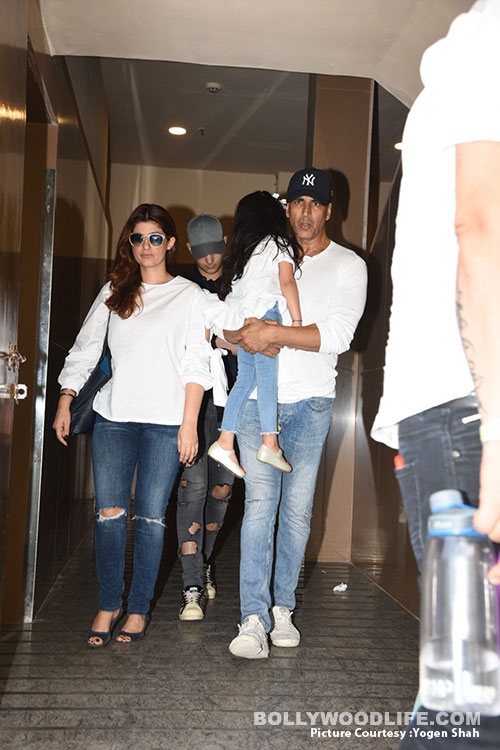 akshay-kumar,-twinkle-with-daughter-(4)